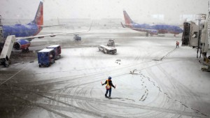 Winter storm in Texas tends to cancel more than 800 flights