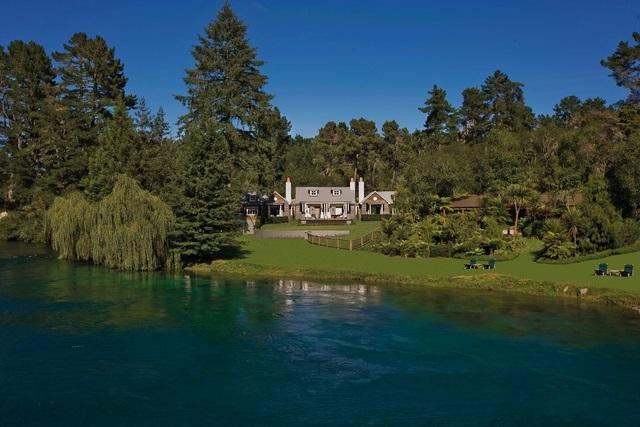 Huka Lodge, beside the Waikato River near Huka Falls and Lake Taupo, is New Zealand's most celebrated luxury lodge. PC - Tourism New Zealand