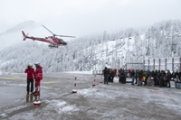 13000 tourists airlifted from Swiss ski resort of Zermatt after avalanches