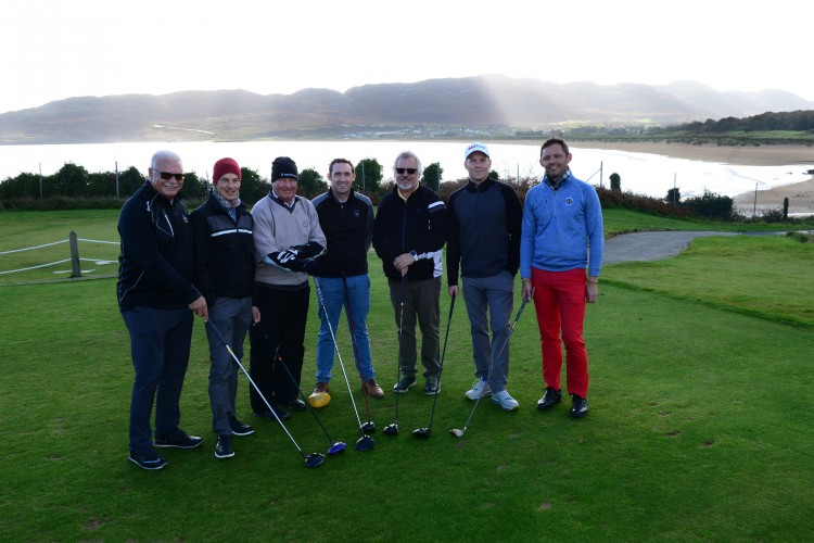 REPRO FREE 18/10/2018, Portsalon, Co Donegal – Golfers in Germany, Denmark, Norway and Finland – and potential golf holidaymakers for Ireland – are set to read all about our world-class golf, following a visit by leading golf writers from those countries. PIC SHOWS: Wolfgang Scheffer, Golf.de (biggest golf website in Germany); Sami Sarpakuwnns, Golf Digest magazine (Finland edition); Jan Espelid, Golferen.no (biggest golf website in Norway); Daragh Lyons, Portsalon Golf Club; Rudi Reiner, chiliGOLF magazine (Germany), Jan Langenbein, GolfPunk magazine (Germany); and Claus Thomsen, Dansk Golf magazine (Denmark), get ready to tee off at Portsalon. Pic – Dermot Donohue (no repro fee) Further press info – Sinéad Grace, Tourism Ireland 087 685 9027